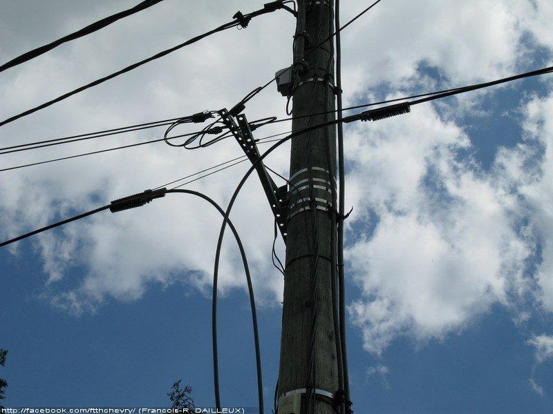 Chevry cossigny reportage photo du d ploiement ftth for Cable france telecom exterieur