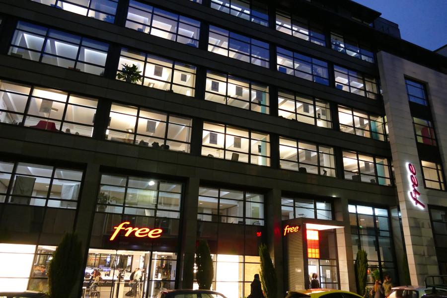 Visite du free center de paris 8 me for Boutique hotel paris 8eme